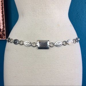 Accessories - Concho narrow metal silver tone chain belt